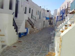 folegandros-for-romantic-honeymoon